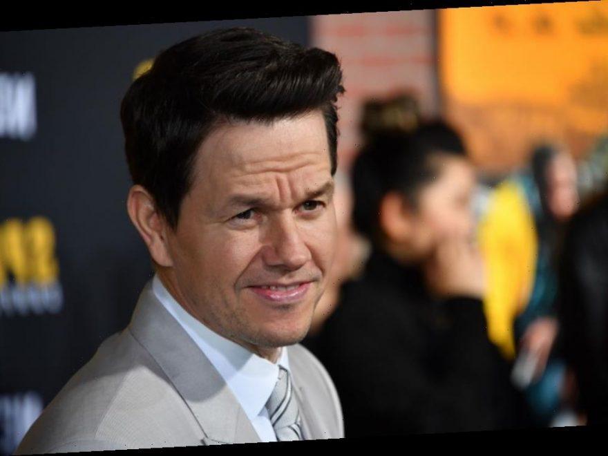 Mark Wahlberg S Gave Hilarious Advice To Spenser Confidential Co Star Post Malone Showcelnews Com